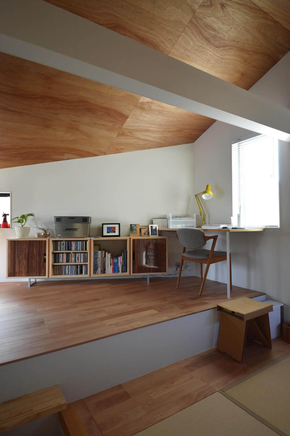 石神井U邸の内装、2階多目的室