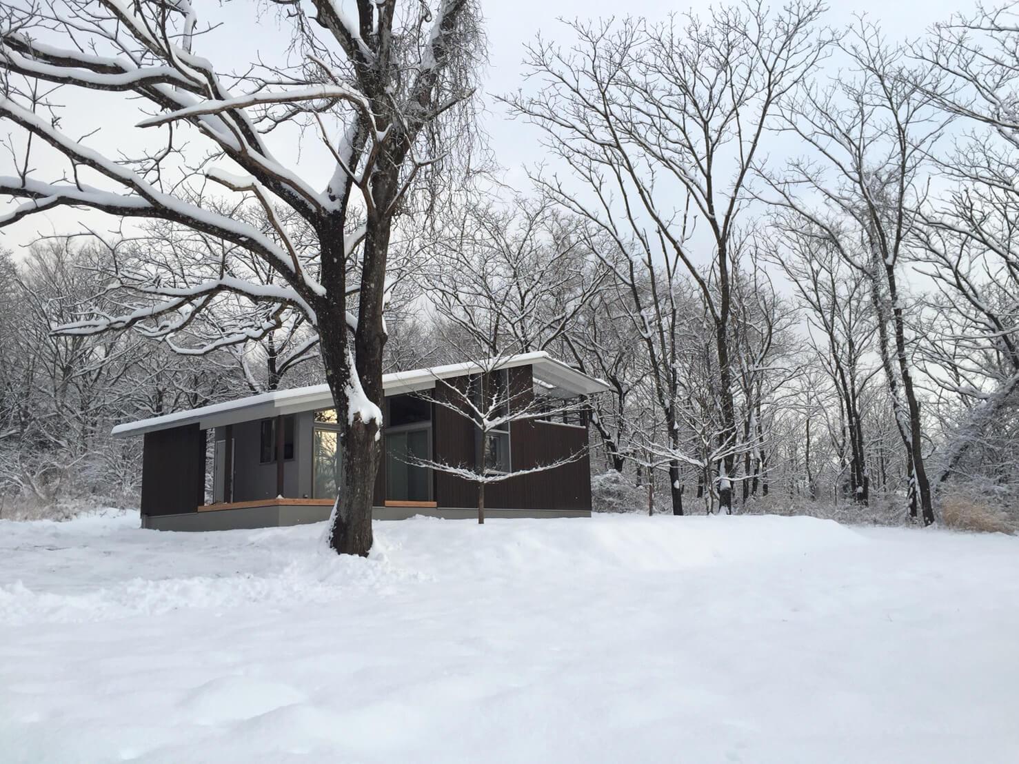 小淵沢K邸外観 雪景色