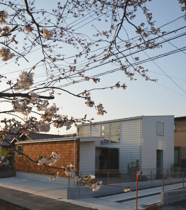 つくばH邸 桜と外観