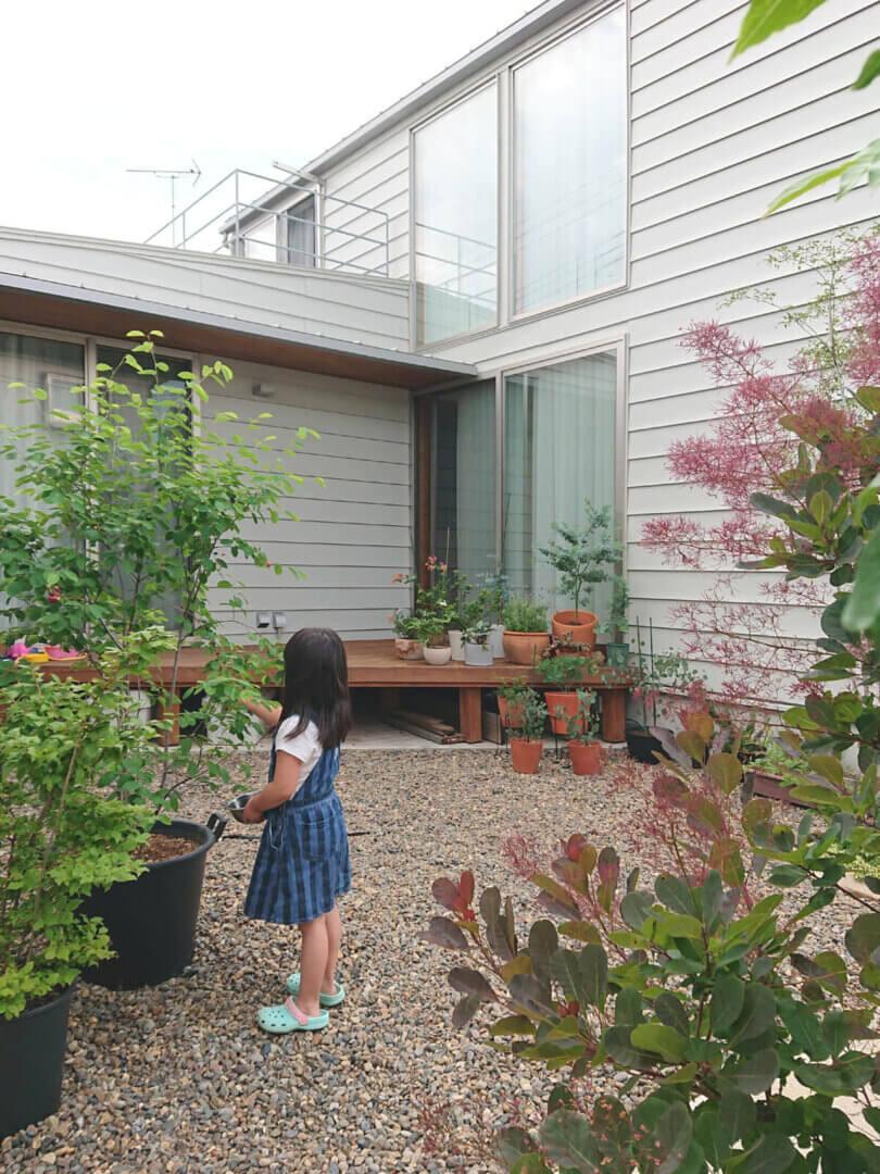つくばH邸 竣工後庭の様子
