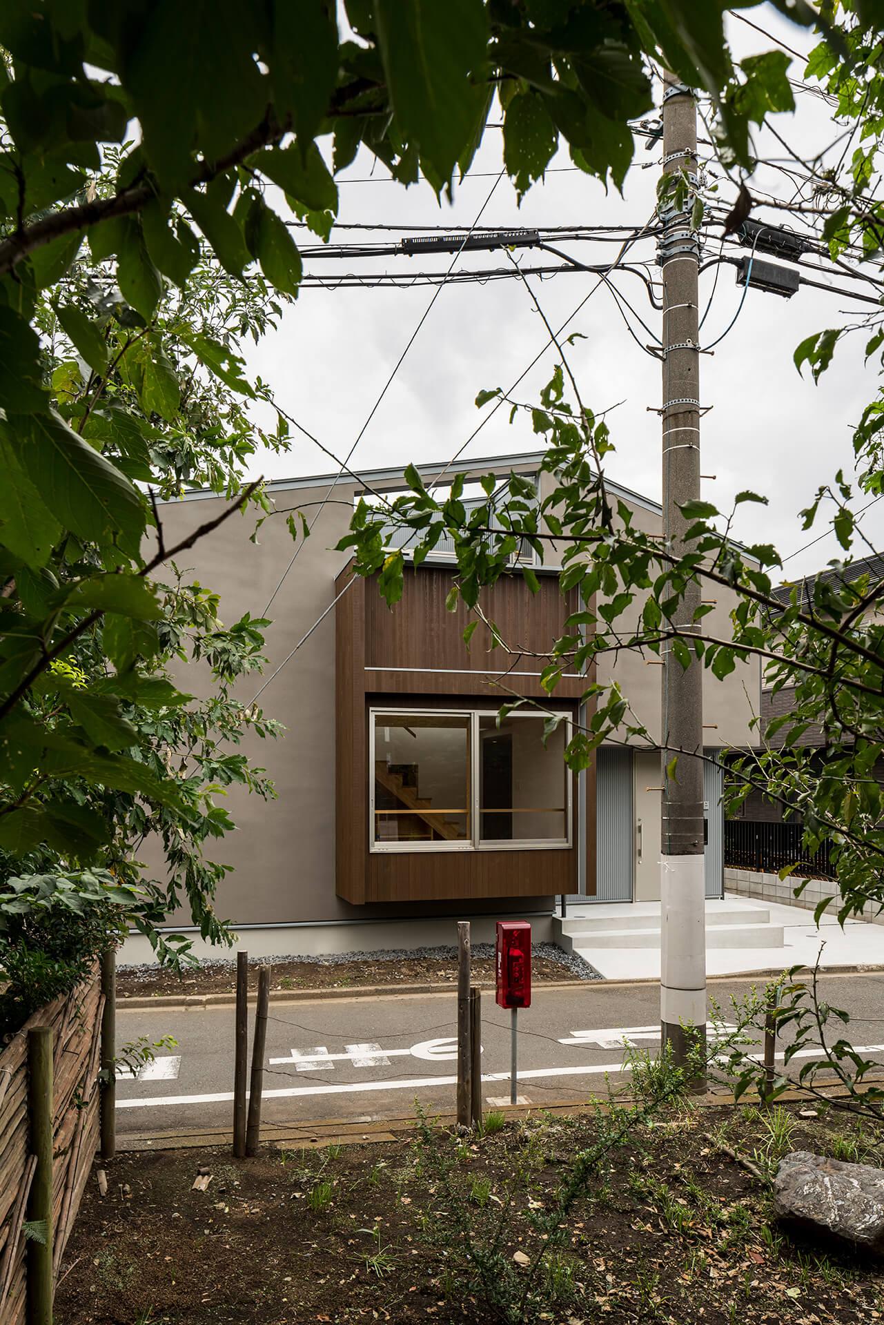 狛江S邸 昼間緑地からの外観
