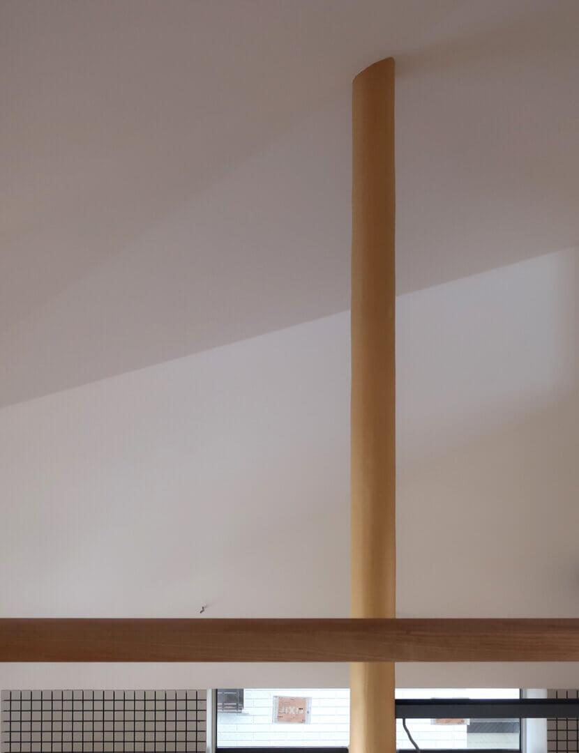 浦和S邸 大黒柱と漆喰